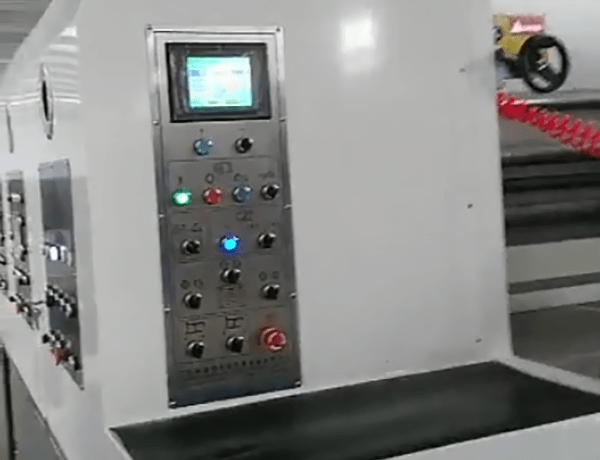 K6 - Type Computerized Flexo Printing Slotting Die-cutting Machine  Working